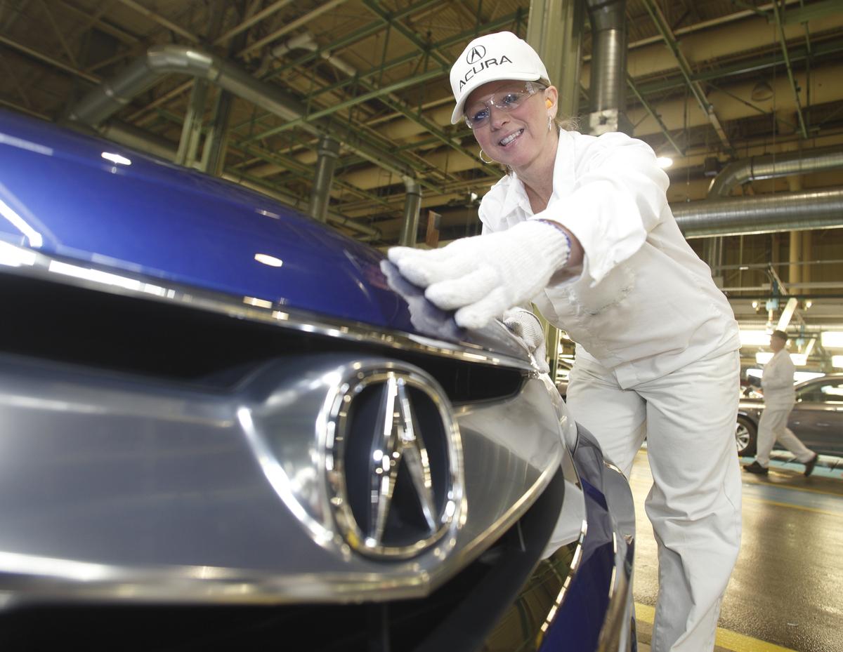 Honda marysville auto plant acura badge