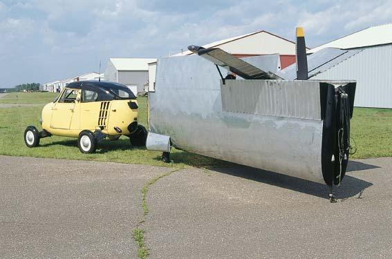 1954 Aerocar One wings detached