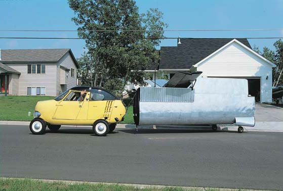 1954 Aerocar One towing the wings