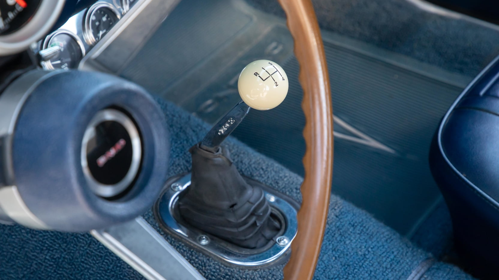 1969 Pontiac Trans Am 303 Ram Air V shifter