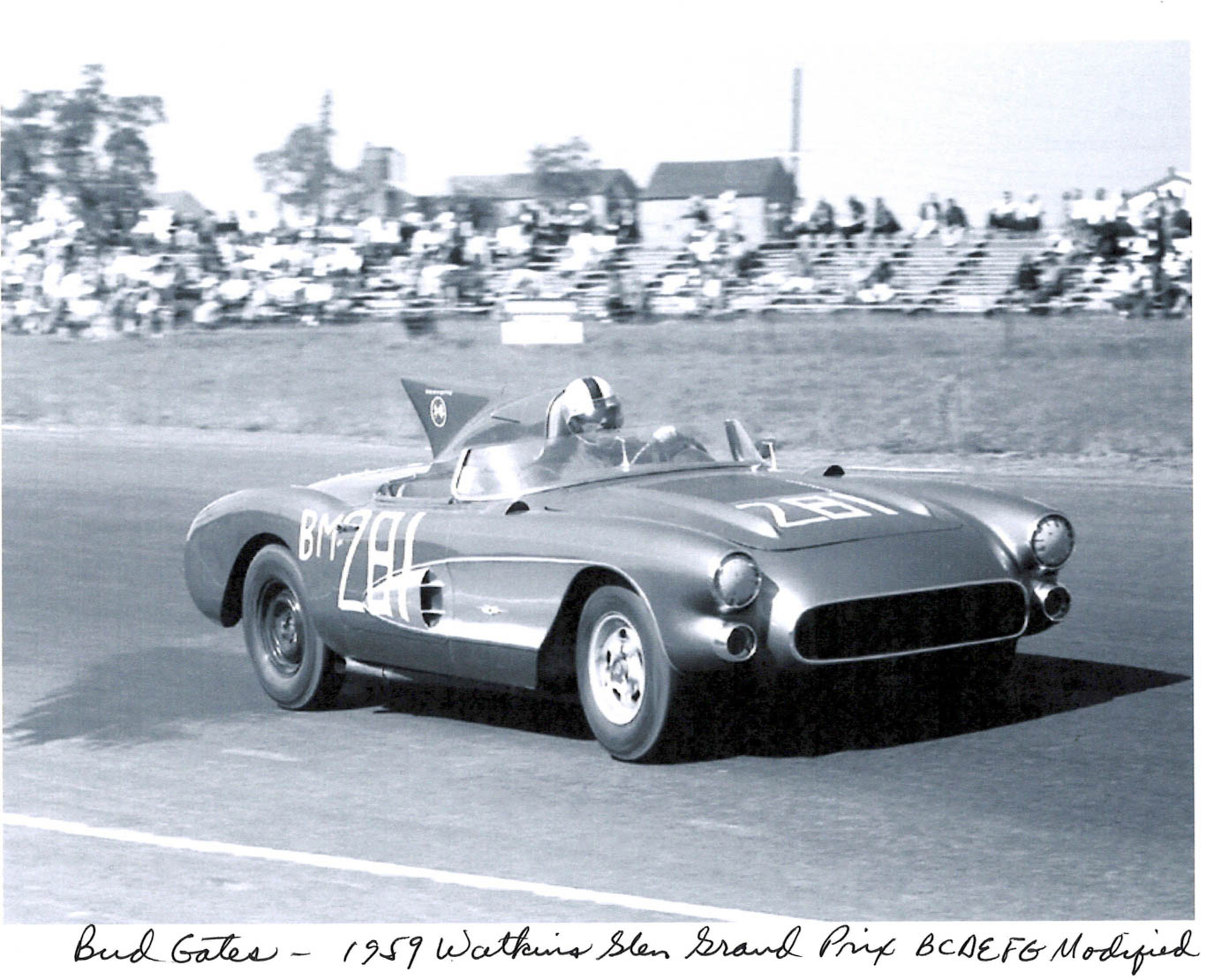 historic shot of the 1956 SR-2 racing