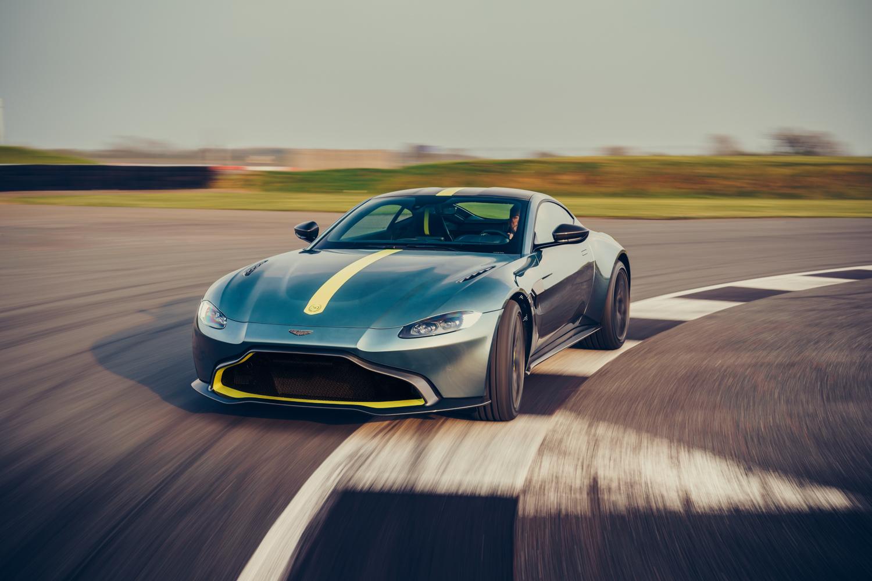Aston Martin Vantage AMR interior seats