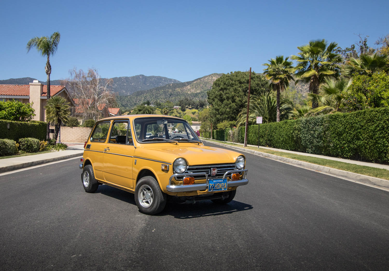 yellow Honda N600 front 3/4