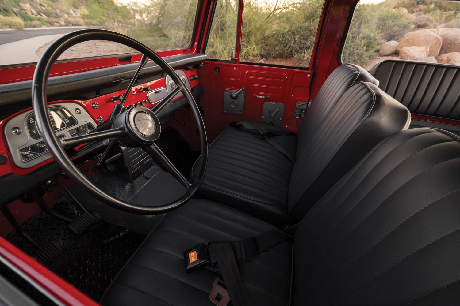 1970 Toyota Land Cruiser FJ40 interior