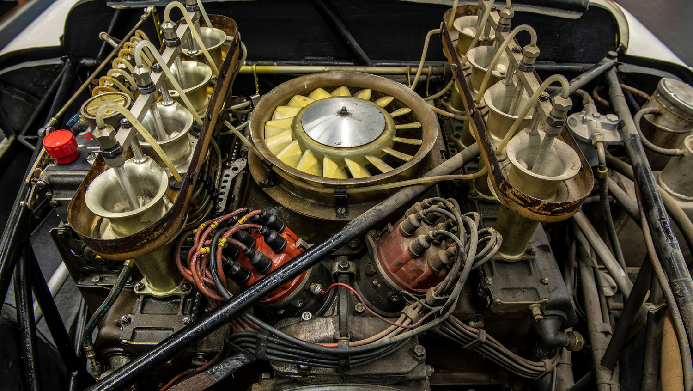 Porsche 910/8 Bergspyder engine