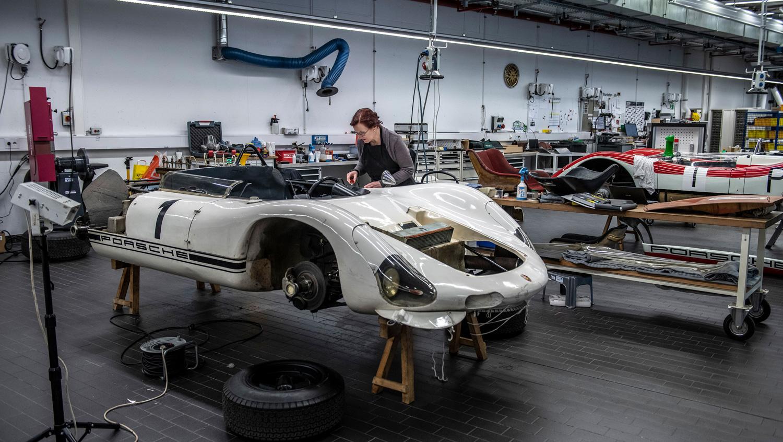 Porsche 910/8 Bergspyder being worked on
