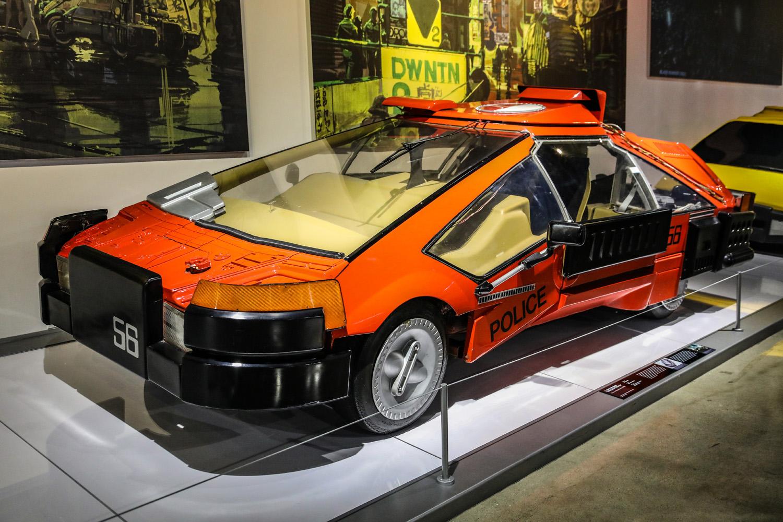 Deckard's sedan and the Everyman Car from Blade Runner