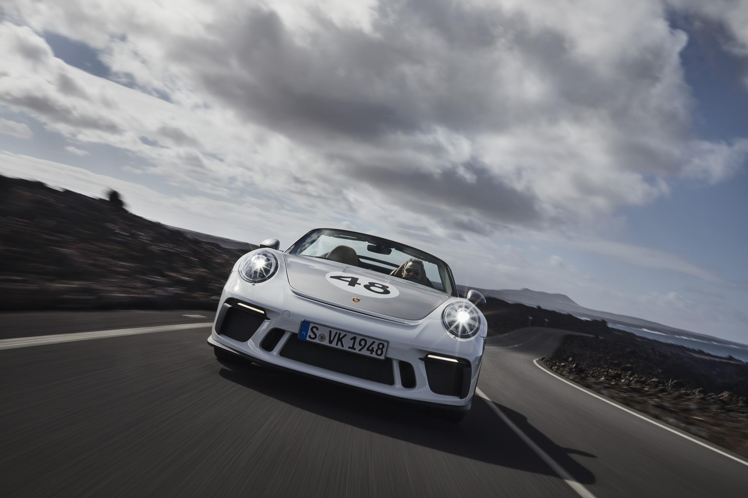 Porsche 911 Speedster front
