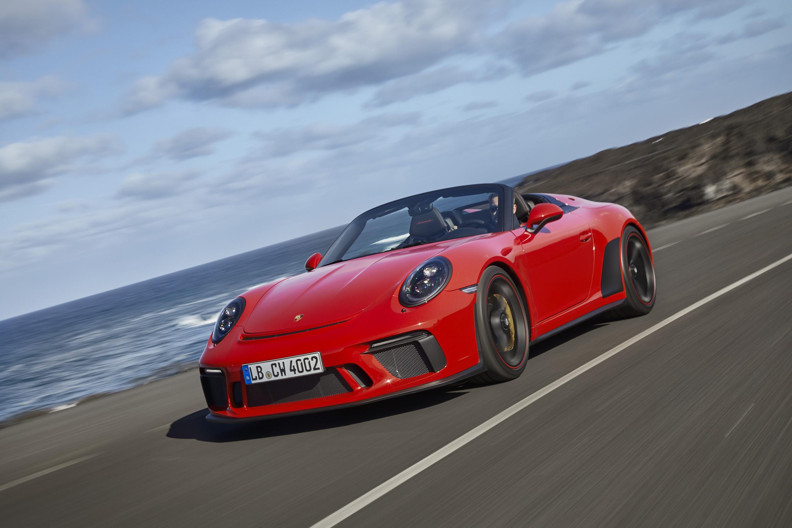 Red Porsche 911 Speedster front 3/4