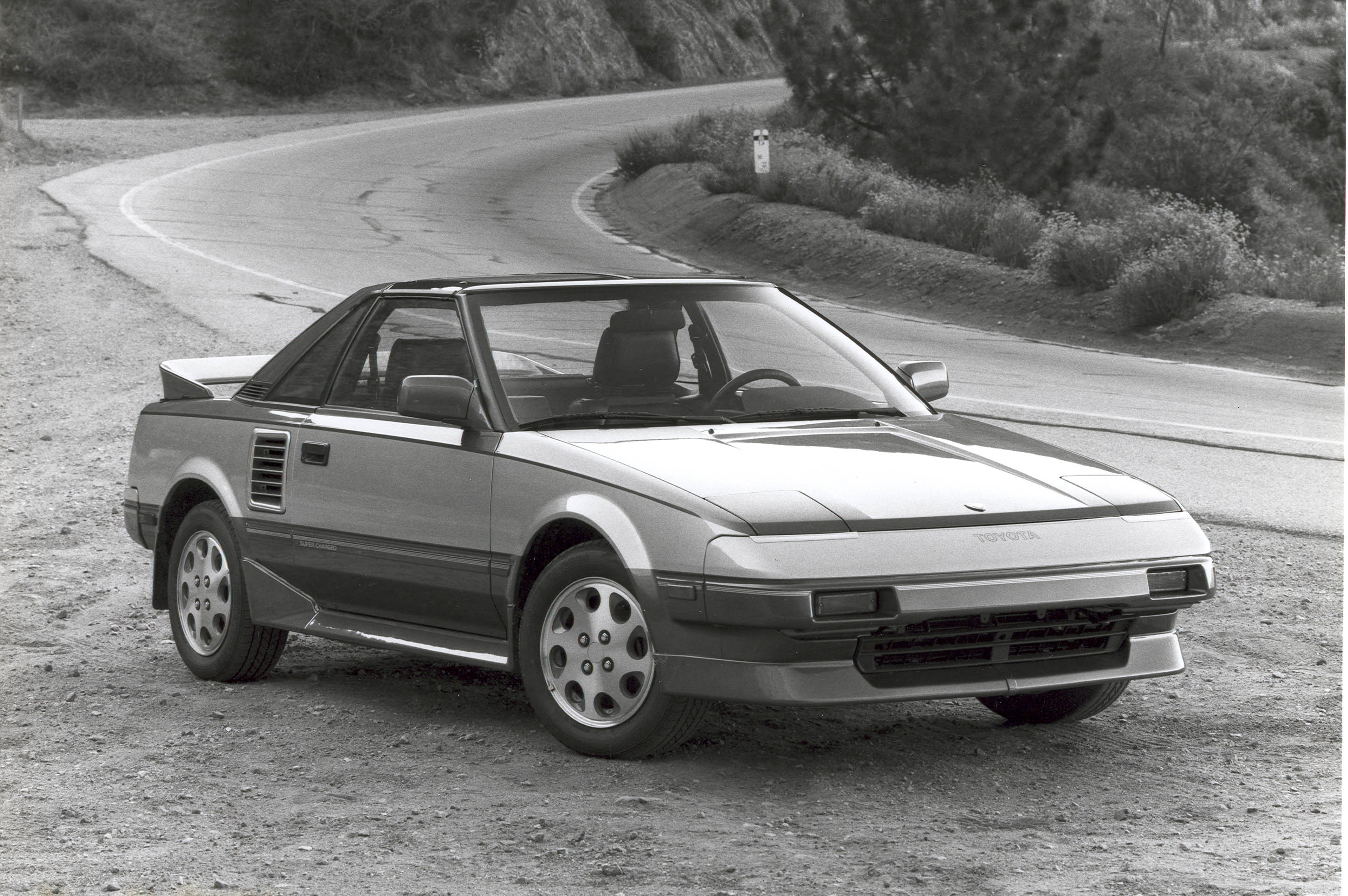 1988 Toyota MR2 front 3/4