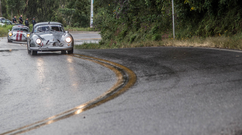Porsche 356 wet roads