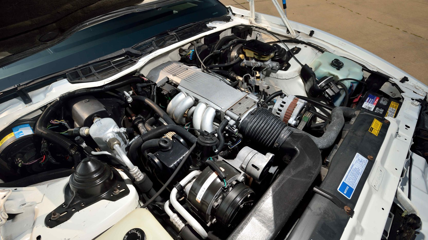1991 Pontiac Trans Am engine