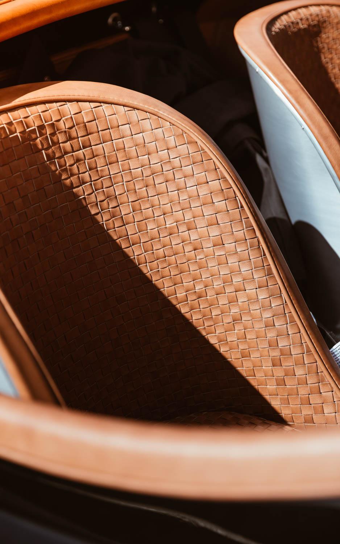 Jaguar XK120 seat detail