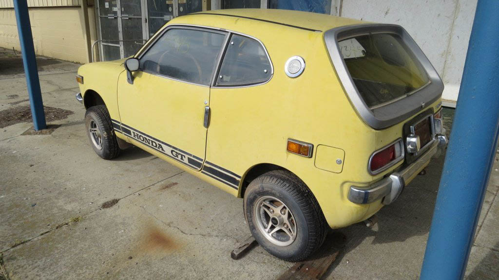 1971 Honda Z600 on a lift pre-restoration