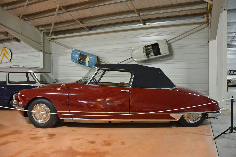 1966 Citroën DS 21 Cabriolet profile