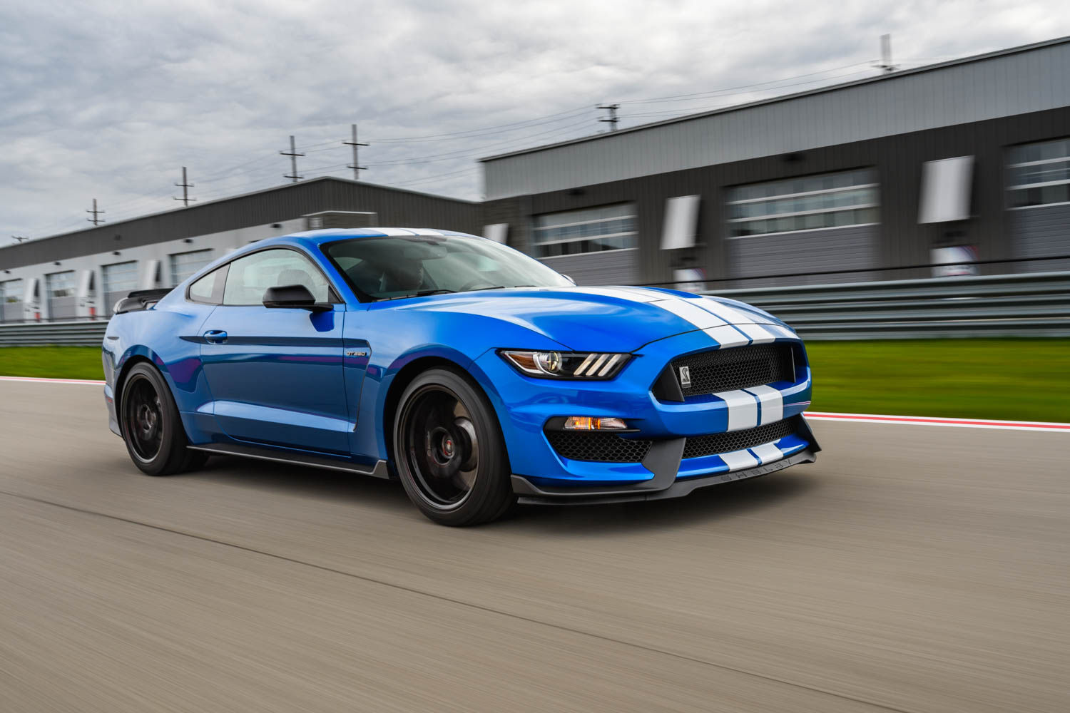 2019 Ford Mustang Shelby GT350 on the track