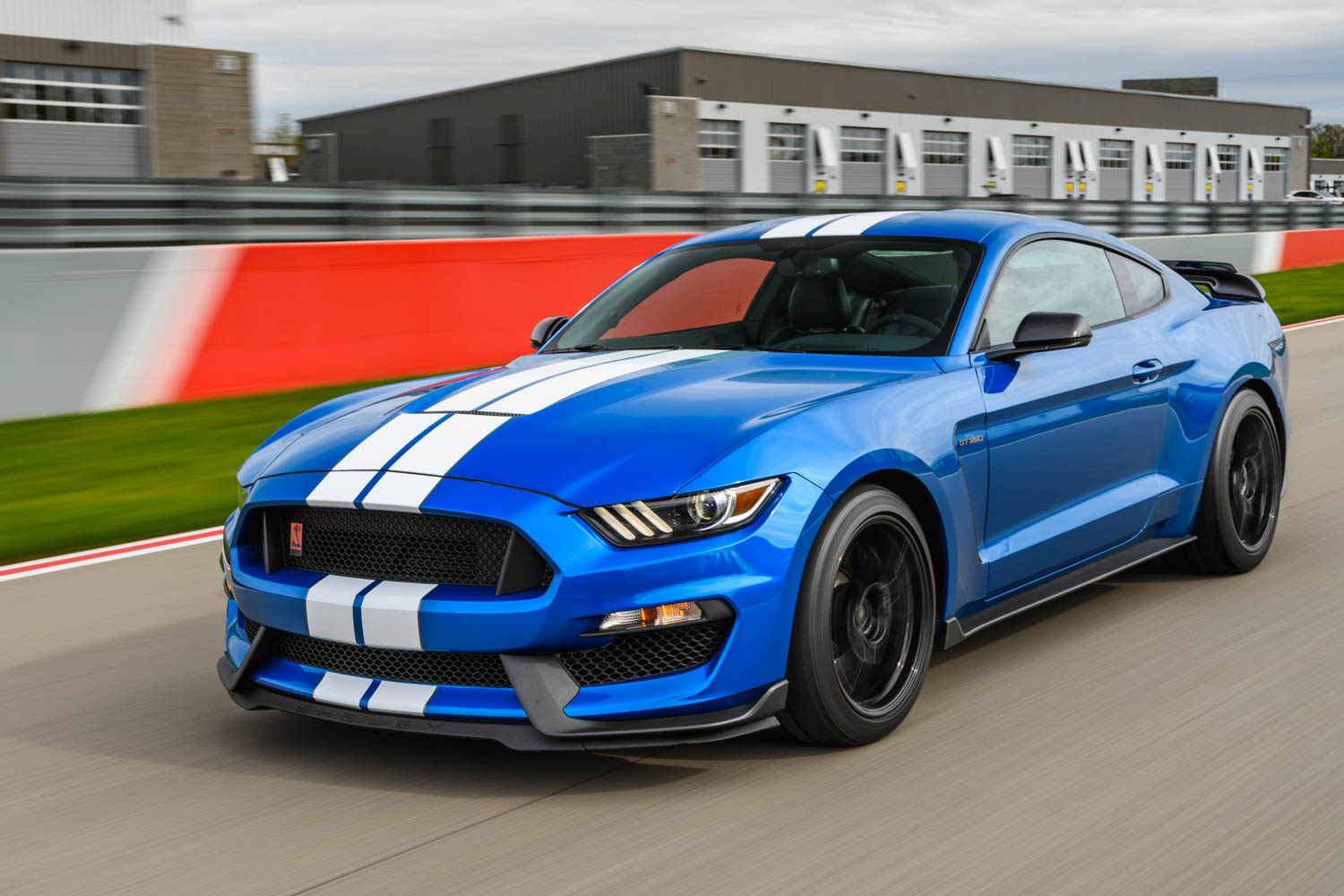 2019 Ford Mustang Shelby GT350 racing