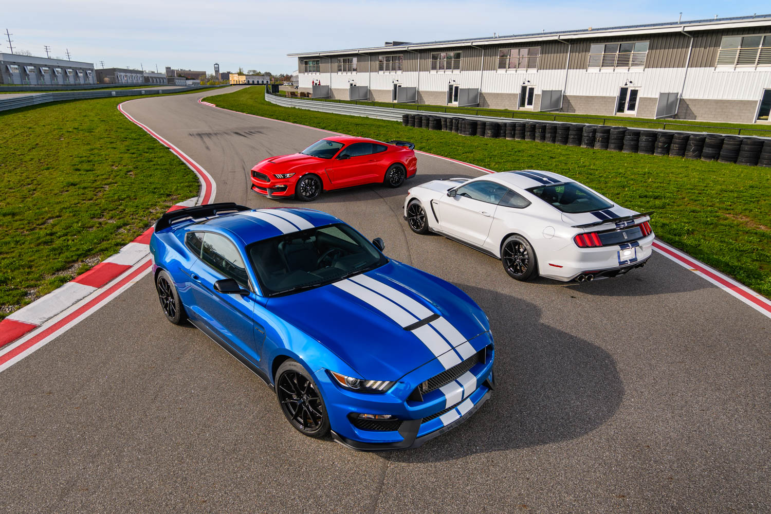 Is the revised 2019 Ford Shelby GT350 still relevant or ready for the pasture?