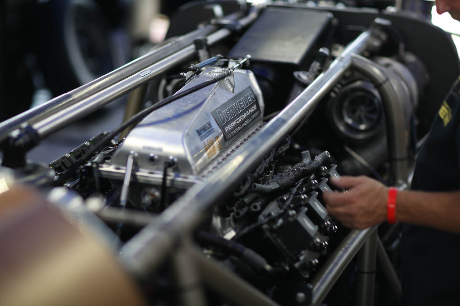Bonneville classes are divided by vehicle type, engine displacement, fuel, and whether or not they use forced induction. The Speed Demon team holds five blown fuel streamliner records using different smallblock Chevy V-8s.