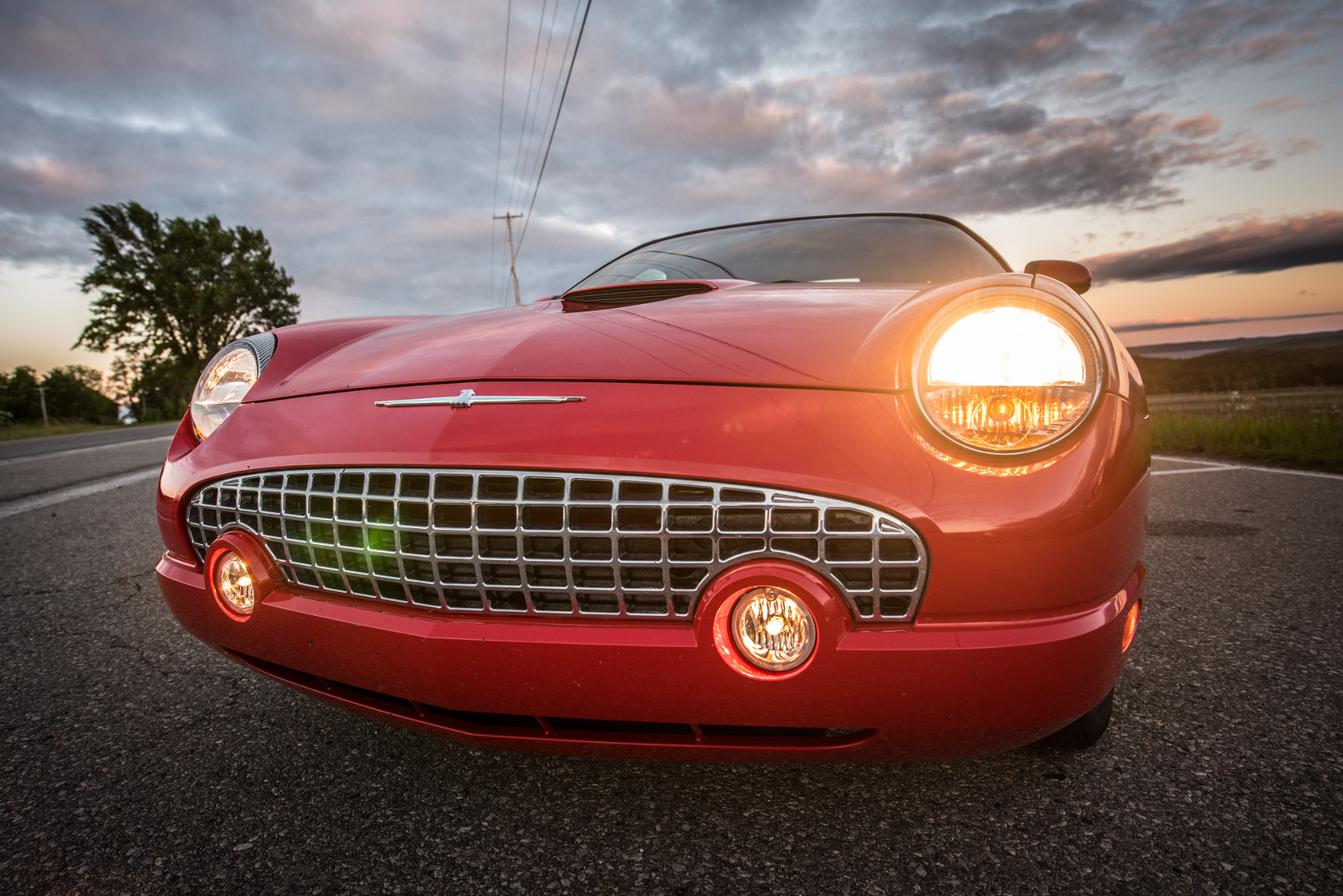 2002 Ford Thunderbird nose