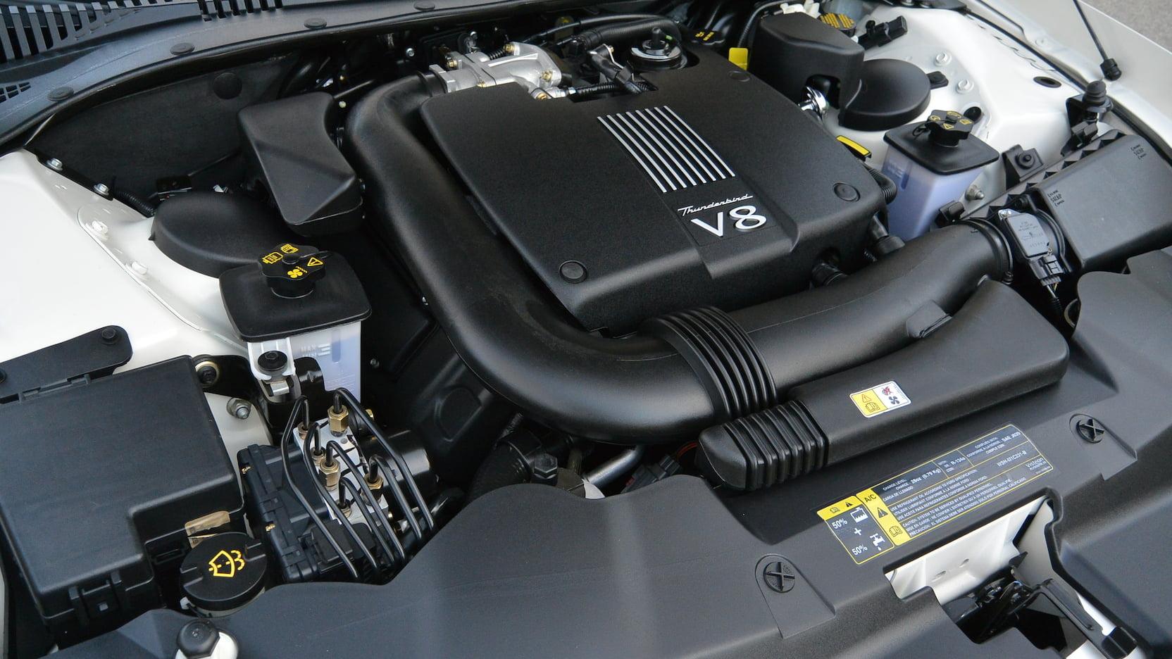 2002 Ford Thunderbird engine