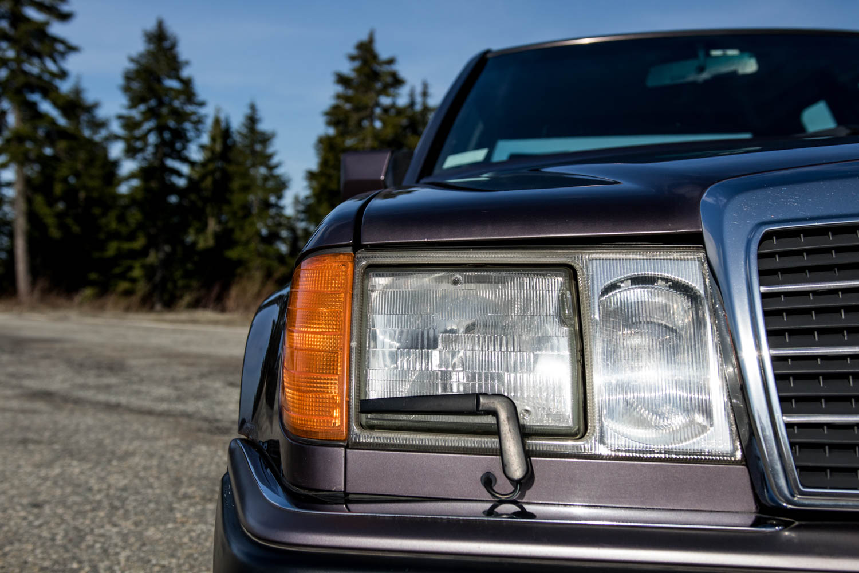 Mercedes-Benz 500E headlight