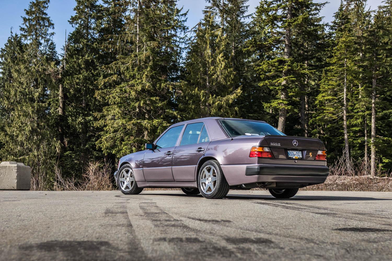 Mercedes-Benz 500E rear 3/4