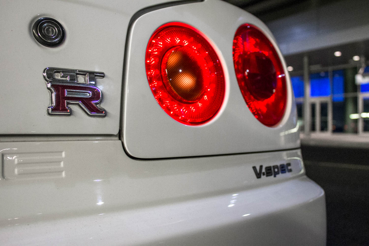 Nissan Skyline R34 GT-R badge
