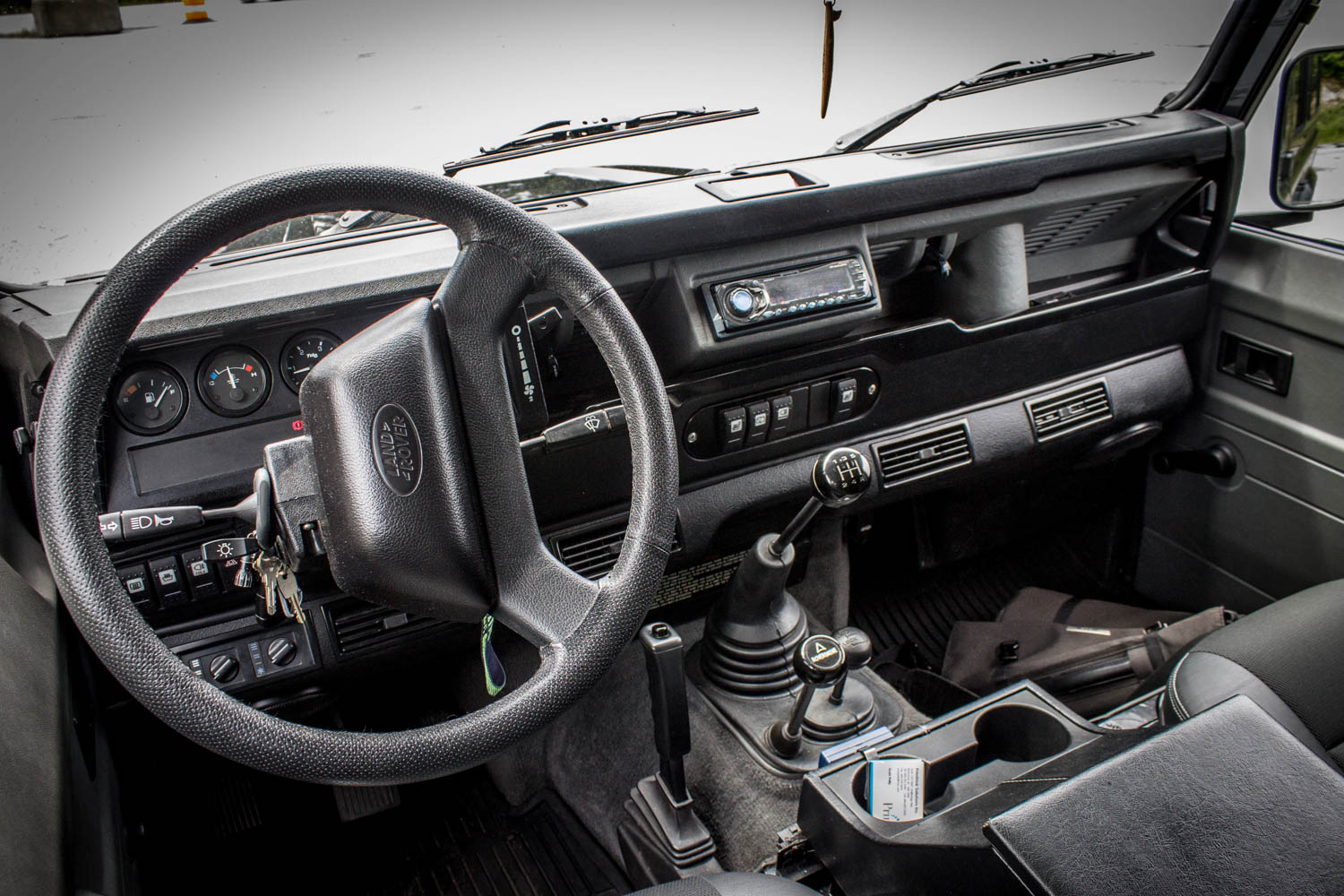 Land Rover Defender 110 TD5 interior