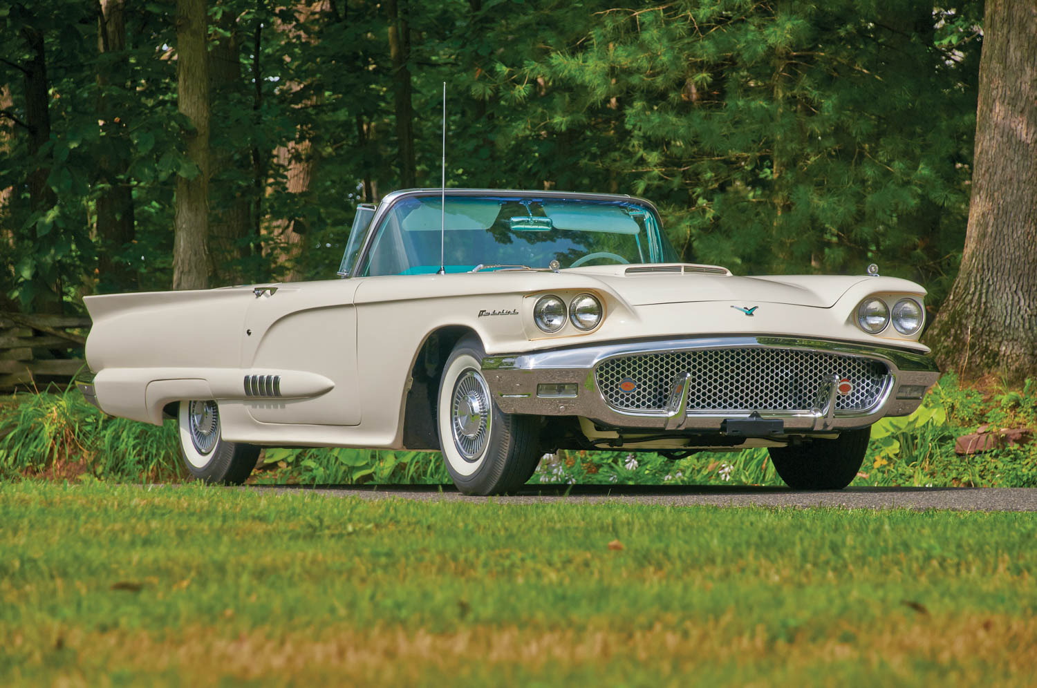 1958 Ford Thunderbird front 3/4
