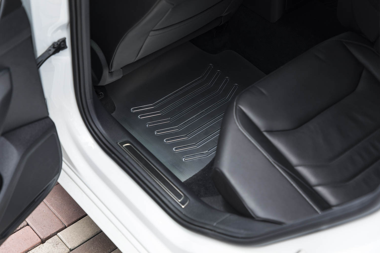 Volkswagen Arteon R-Line SEMA Concept interior