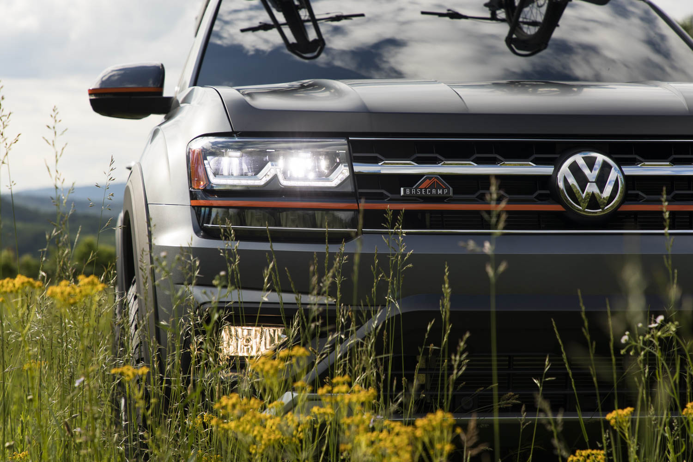 Volkswagen Atlas Basecamp Concept front
