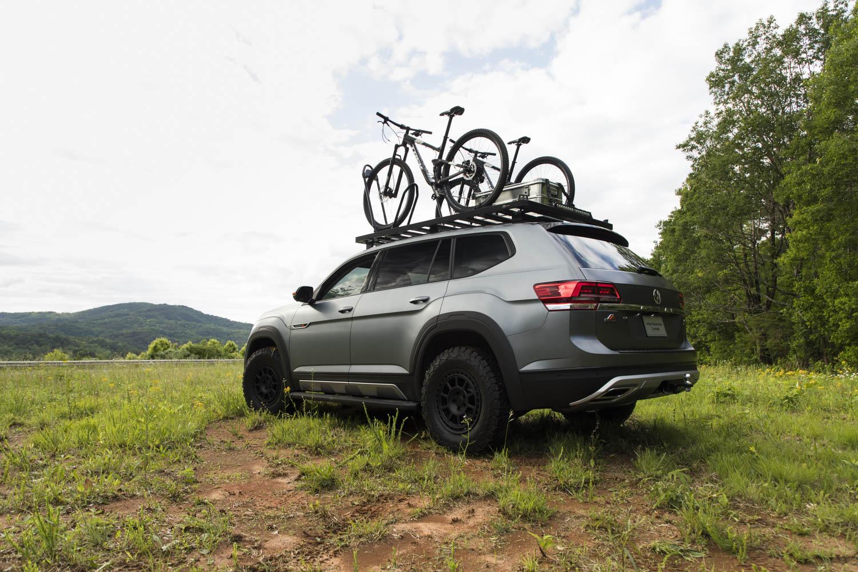 Volkswagen Atlas Basecamp Concept rear 3/4