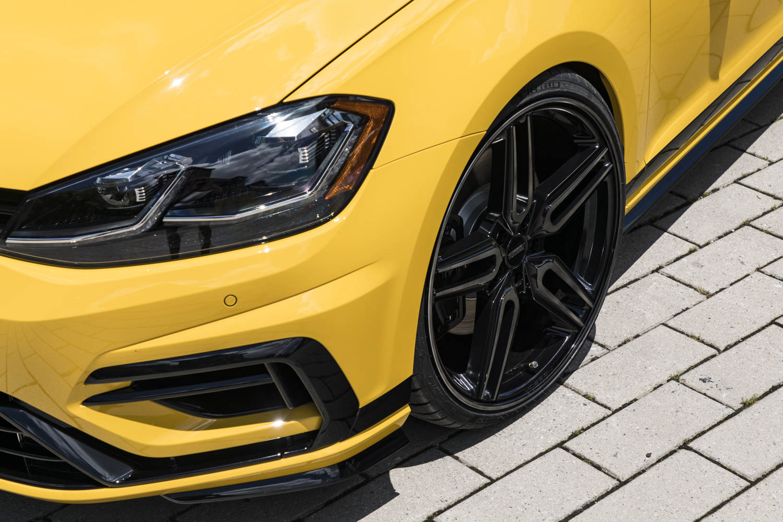 Volkswagen Golf R Spektrum Concept wheel