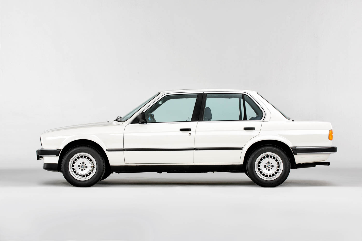 BMW E30 profile