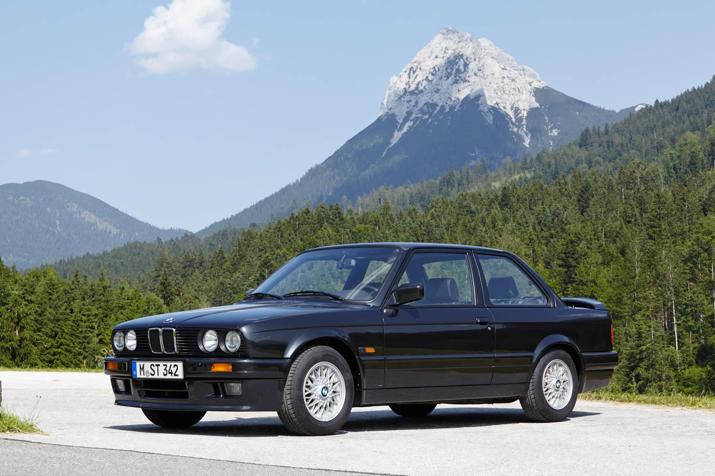BMW E30 front 3/4