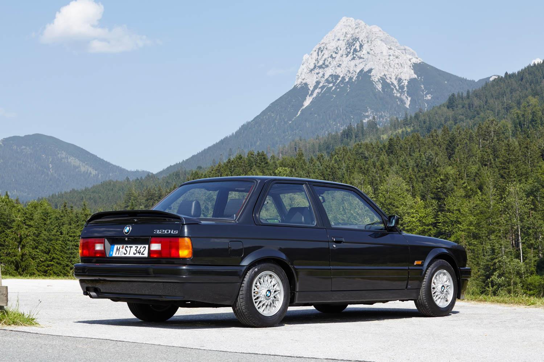 BMW E30 rear 3/4