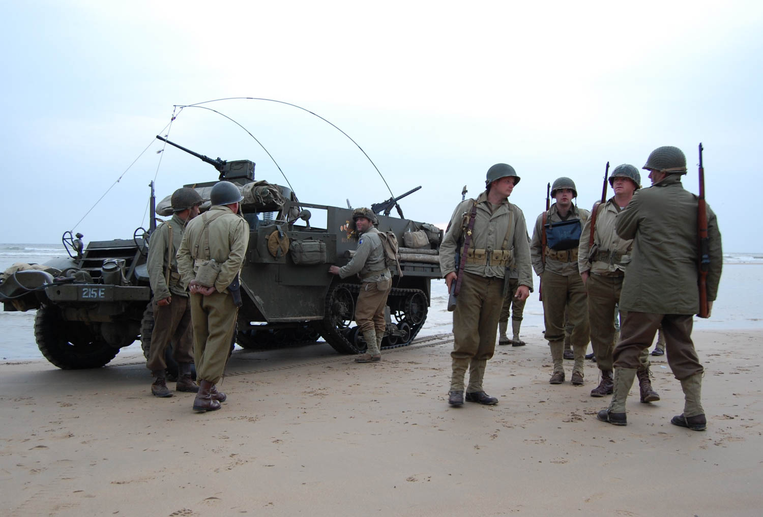 Vintage military vehicles ready to roll on 75th D-Day thumbnail