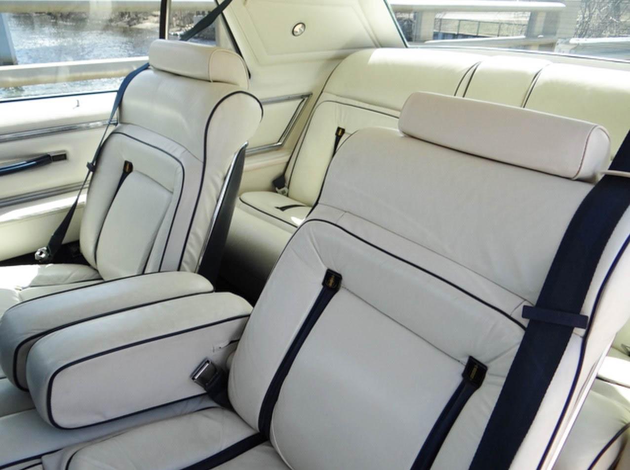 Lincoln Continental Mark V interior
