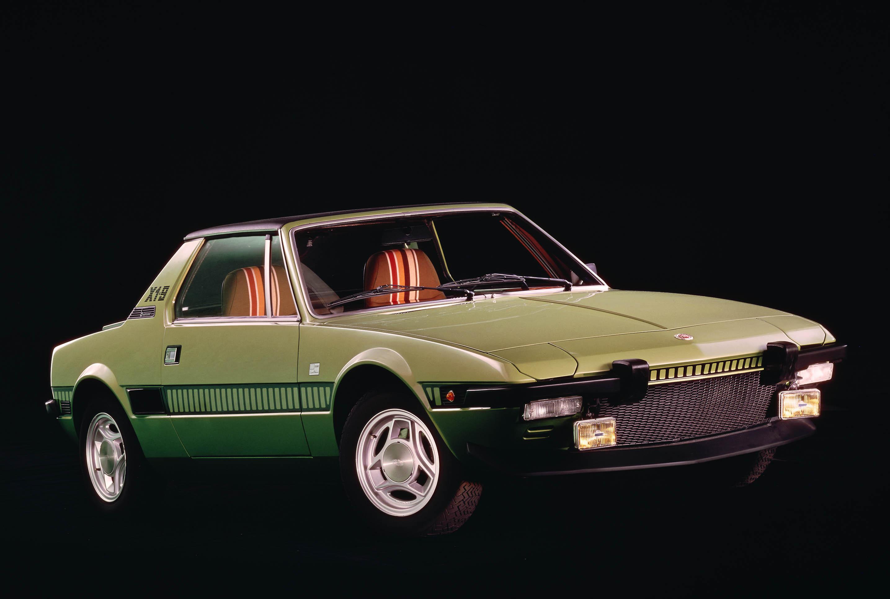 green Fiat X1/9