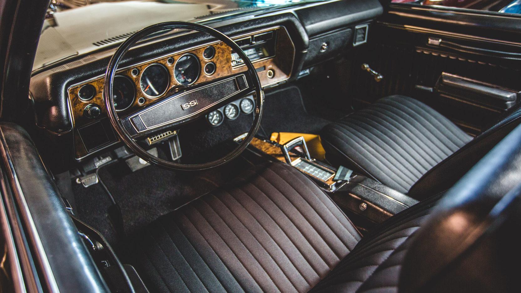 1970 Monte Carlo SS Interior
