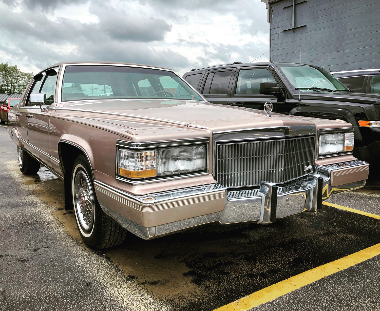 1992 Cadillac Brougham front 3/4