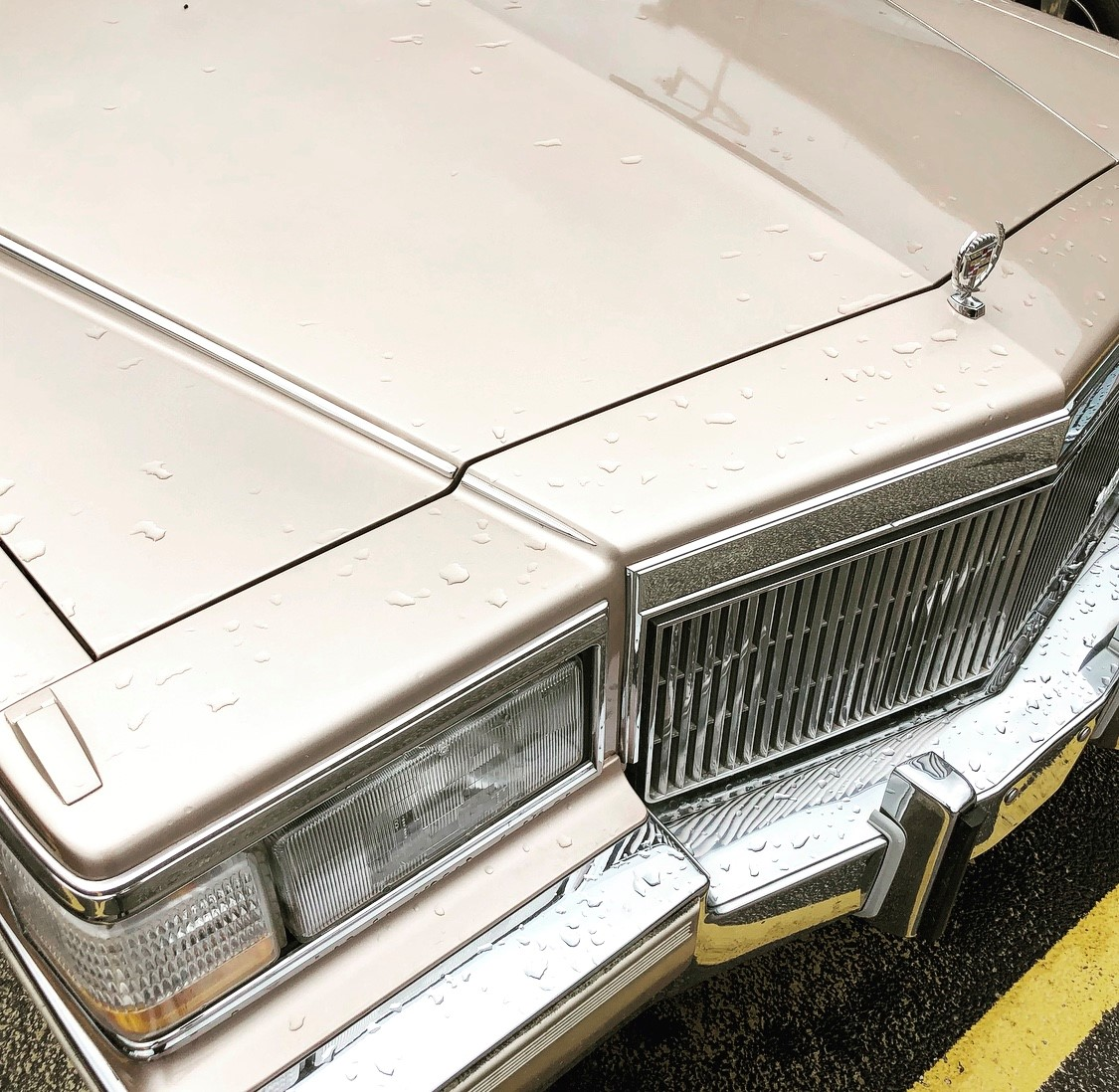 1992 Cadillac Brougham headlight and grille