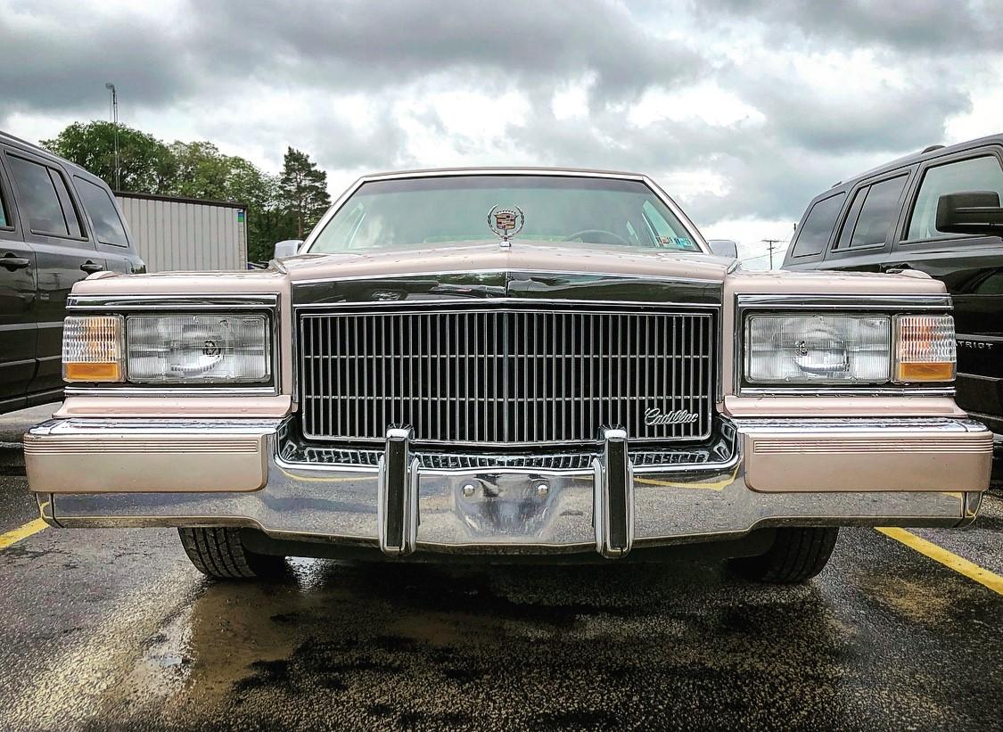 1992 Cadillac Brougham nose