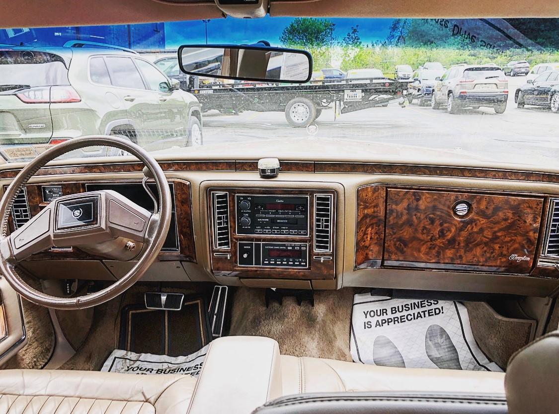 1992 Cadillac Brougham interior