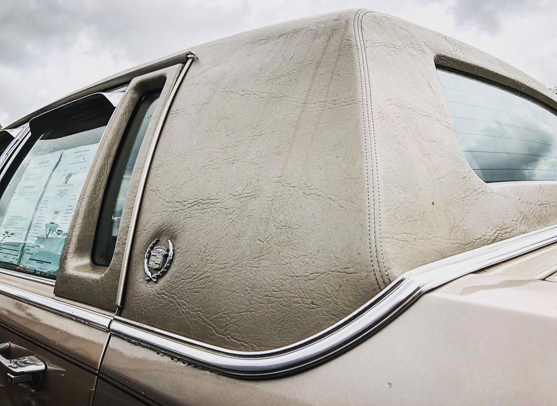 1992 Cadillac Brougham vinyl top
