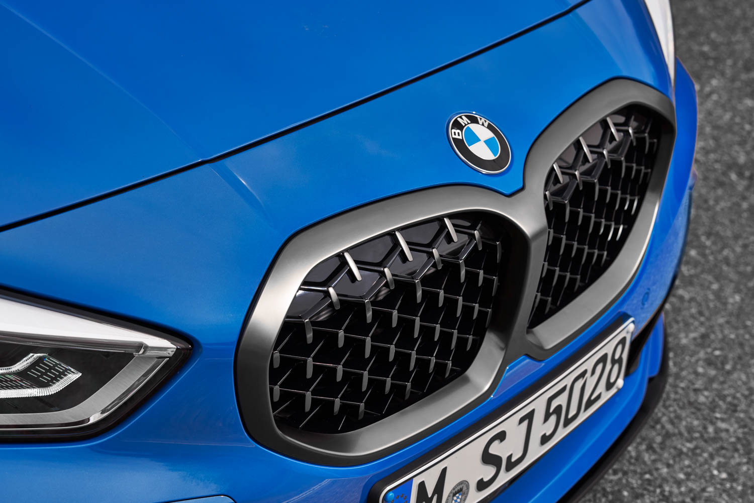 BMW 1 Series grille detail