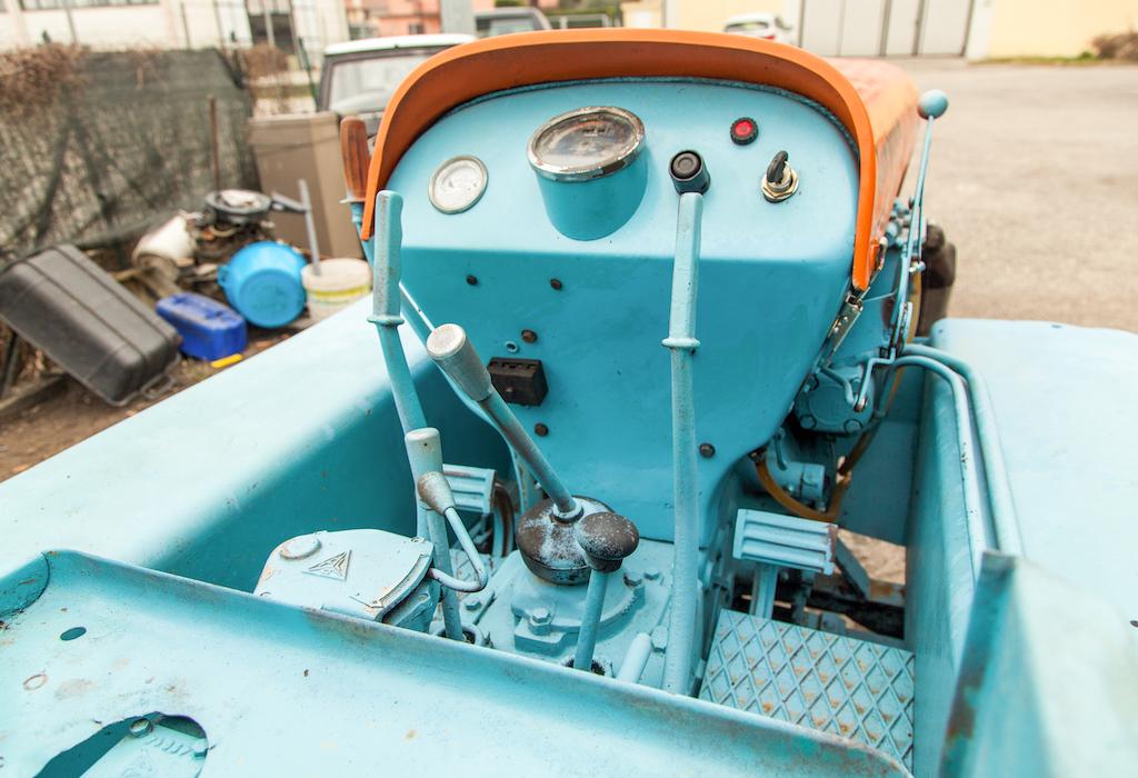 1962 Lamborghini 5C TL Tractor gauges