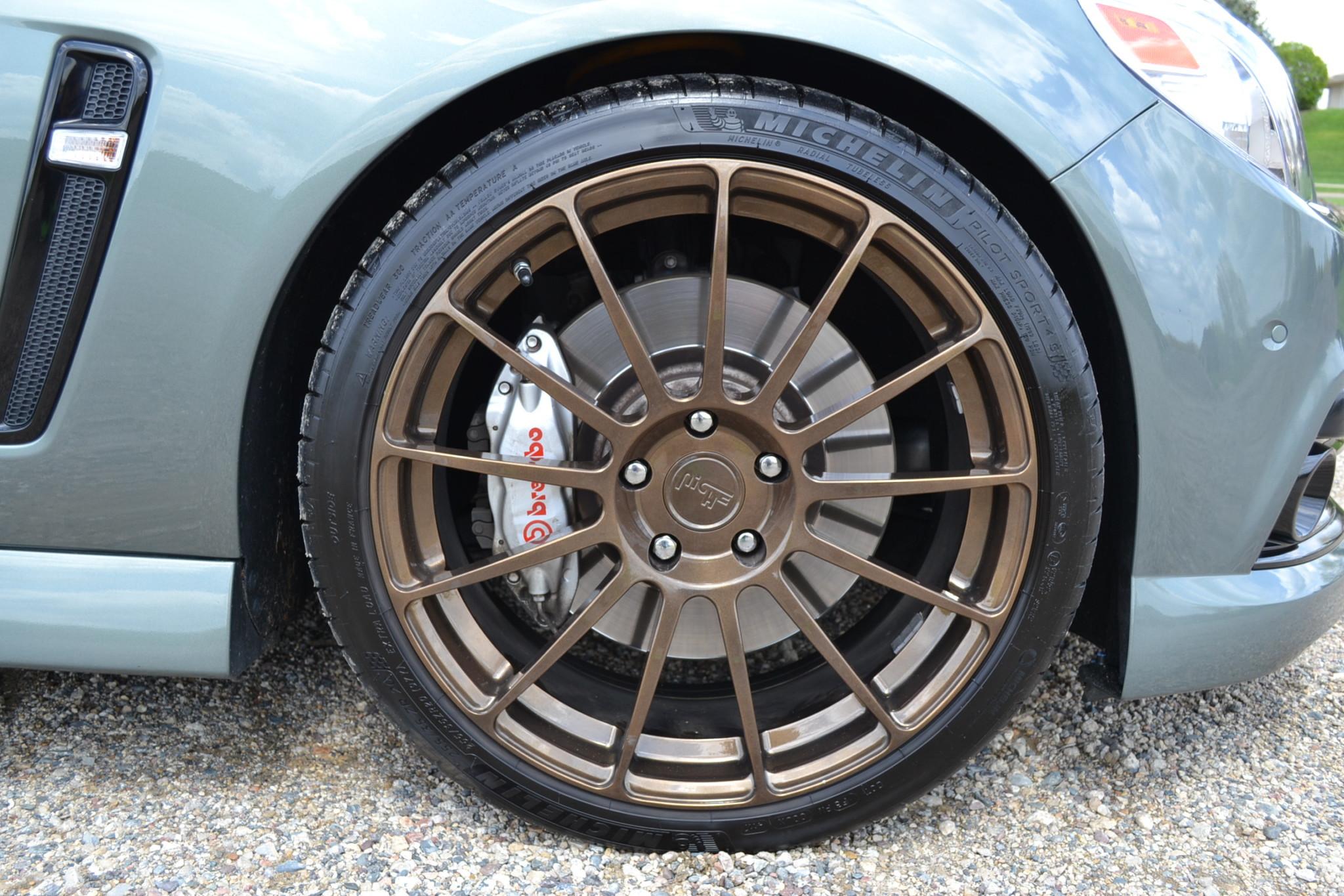 2015 Chevrolet SS wheel detail