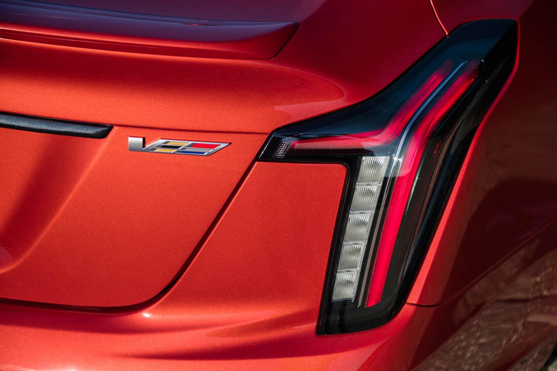 2020 Cadillac CT5-V badge